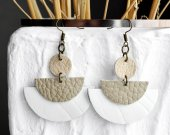Handmade leather earrings white with beige