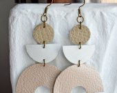 Long beige and white leather earrings, handmade, made of natural material, geometric shapes.