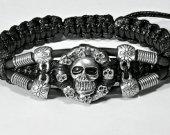 Handmade bracelet with a durable cord. Skull 1