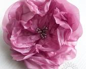 Brooch flower made of fabric