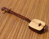 Shamisen - TOY miniature replica - present - samisen - anime - anime music - Japan