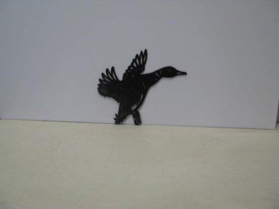 Duck in Flight 086 Metal Art Silhouette