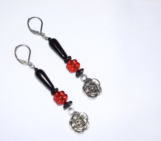 Handmade rose earrings with red and black beads