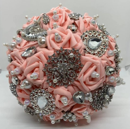 Bride Brooch Boquet