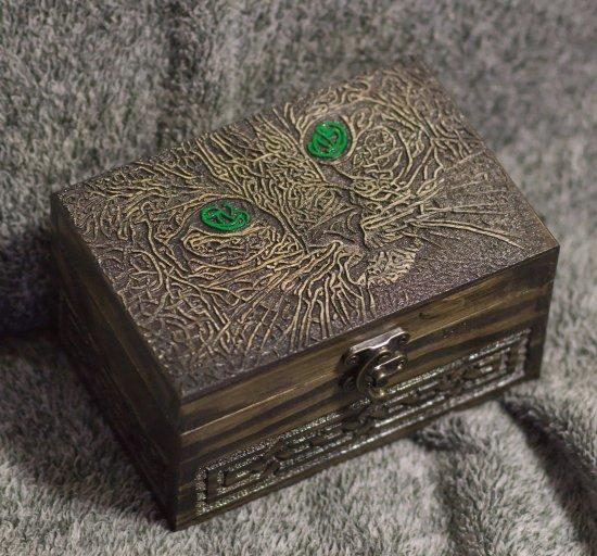 Celtic Cat themed wooden jevelery box/casket
