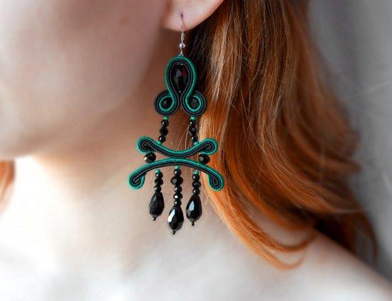 Handmade emerald and black soutache earrings with crystal pendants