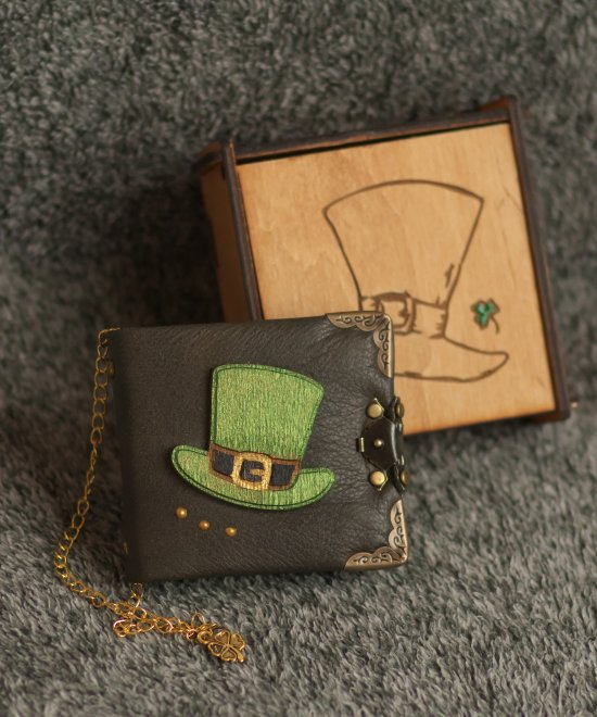 """Handmade leather green paper notebook """"lover"""" series in wooden box"""