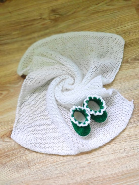 Crochet wrap for newborn , Knitted set for photo shooting of a newborn baby