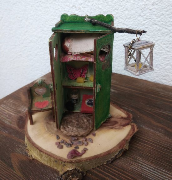 A dwarf with a house