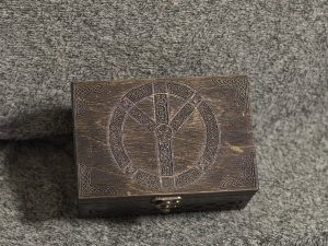 Secret Compartment Algiz Rune - Protection - Valkyries - themed jevelery box/casket with hidden section