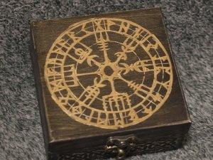 Vegvisir themed wooden jevelery box/casket - square