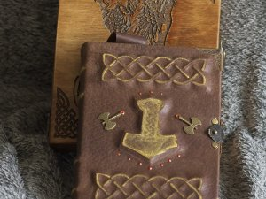 """Viking themed """"Scald™s Saga"""" handmade leather notebook  in wooden box"""
