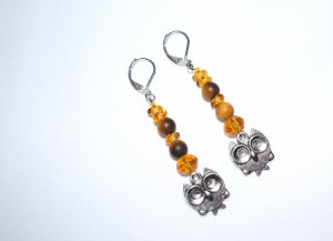 Owl earrings, owl charm topped by tigers eye and amber colore3d Czech beads