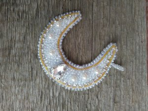 "Handmade beaded Pendant ""Crescent moon"""